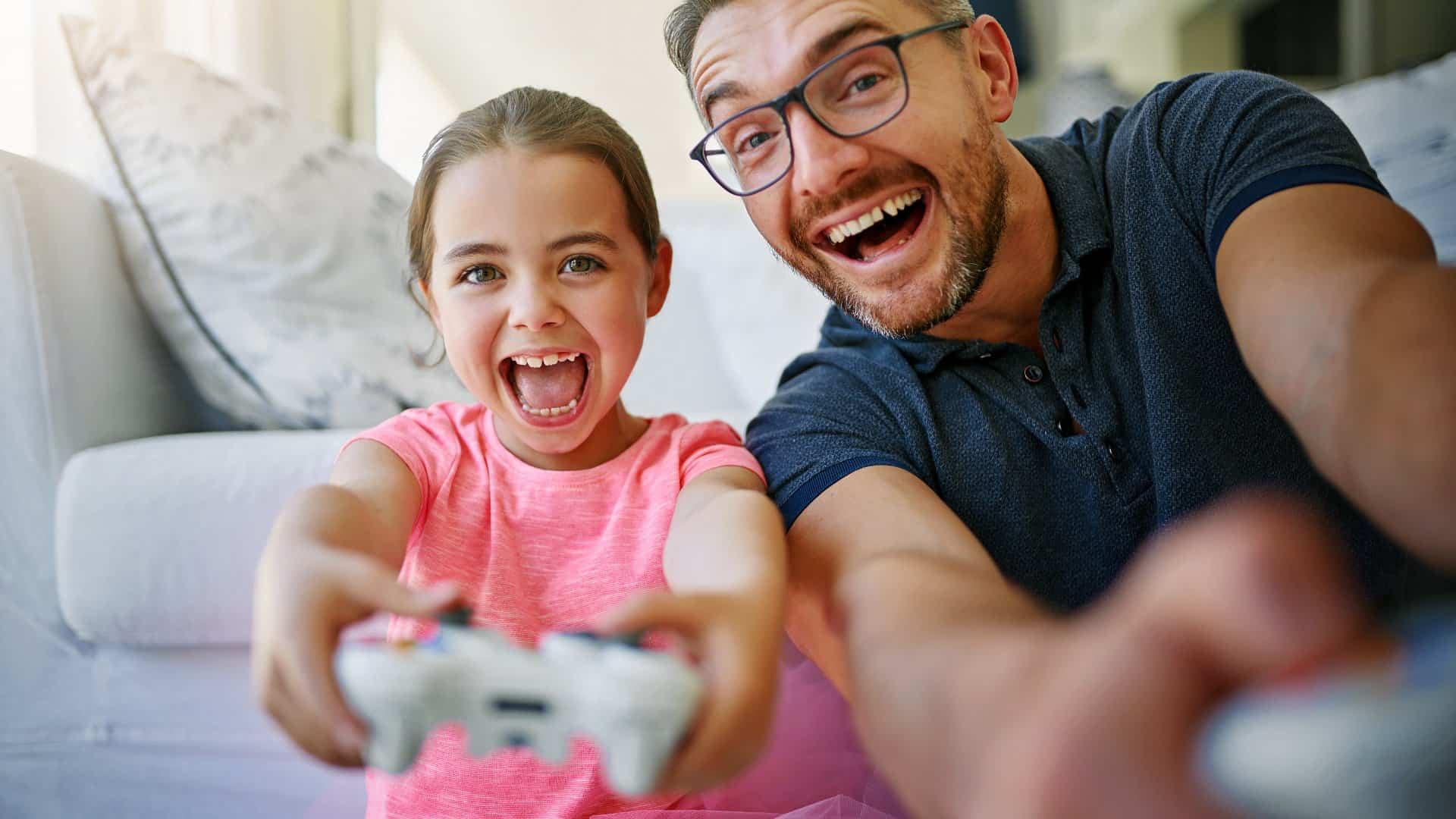 viodegiochi in famiglia giocare insieme - dipendenza da videogiochi