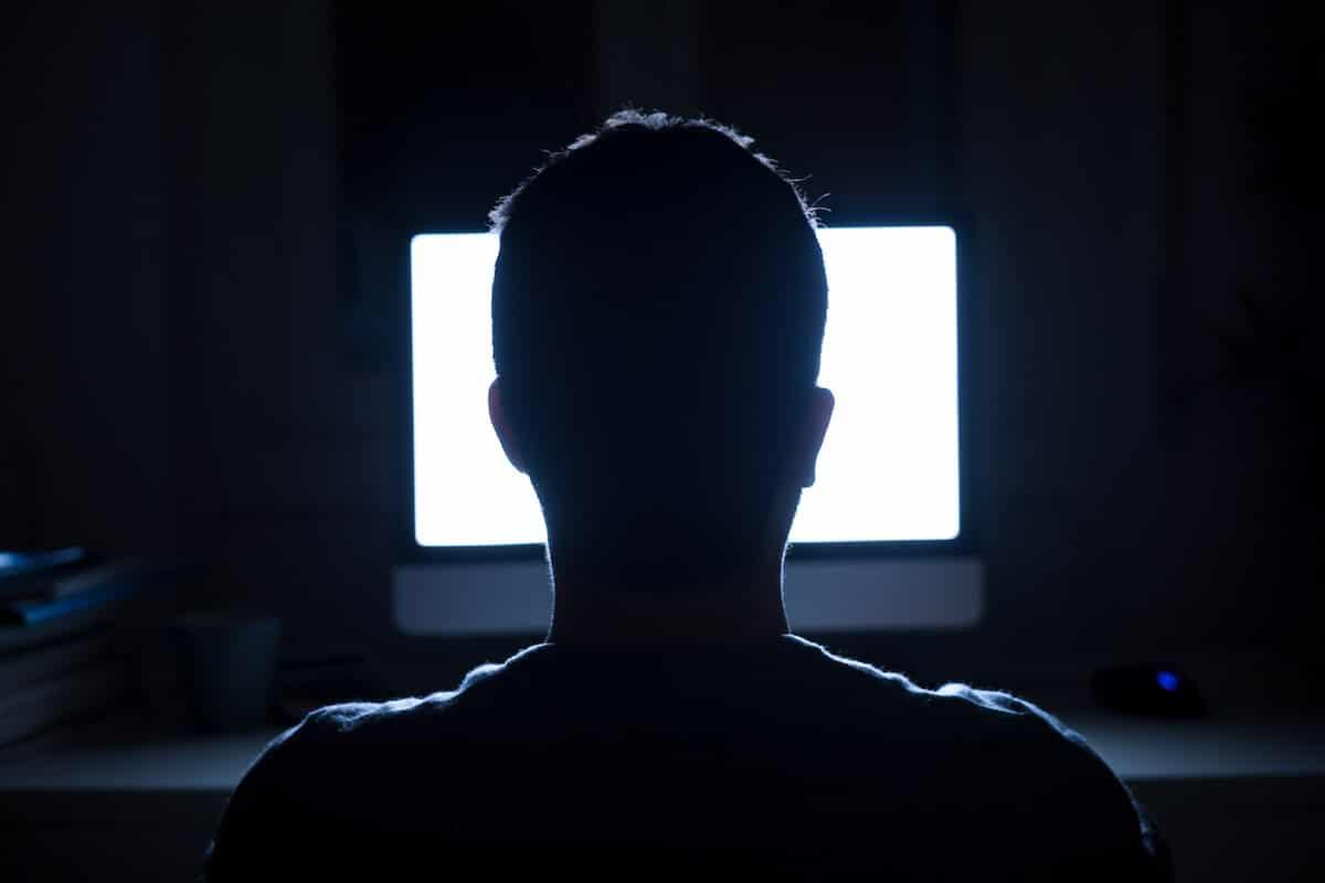 Chat gaming identita nascosta
