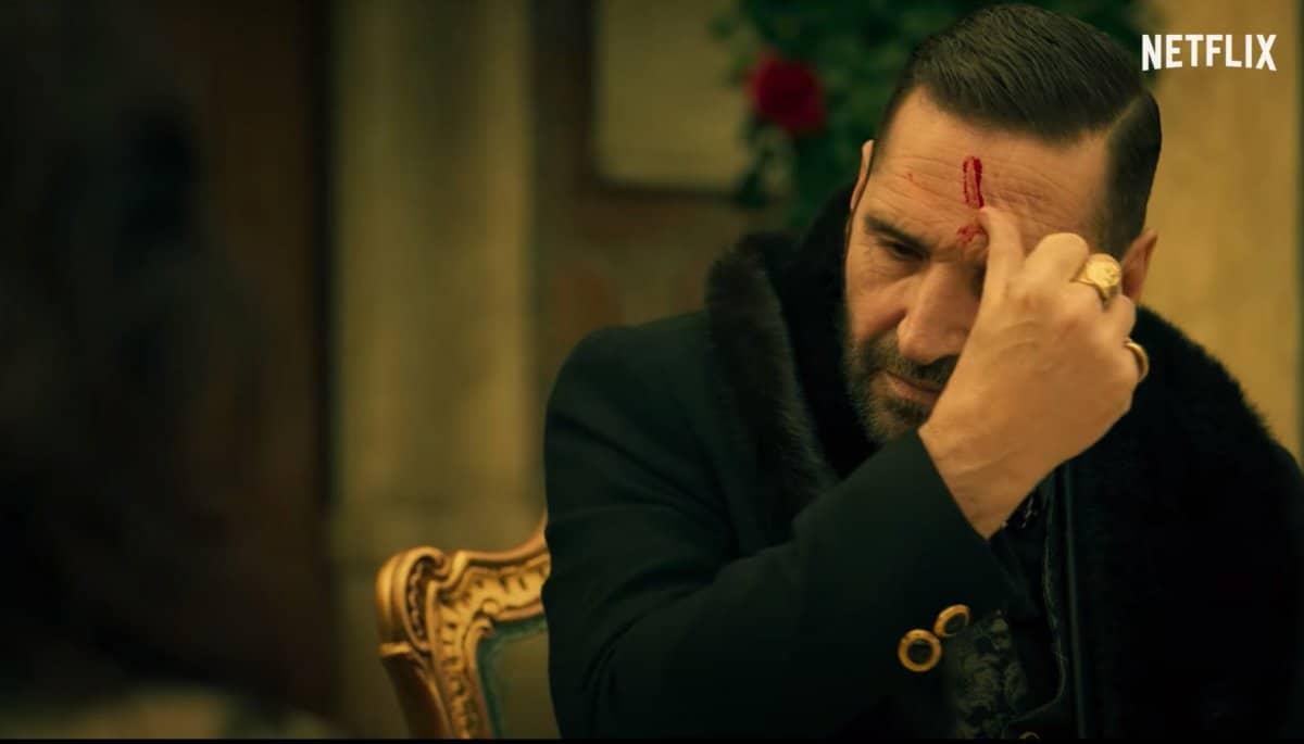 Adamo Dionisi nel ruolo di Manfredi Anacleti